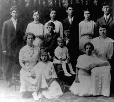 Jim Haile family about 1910